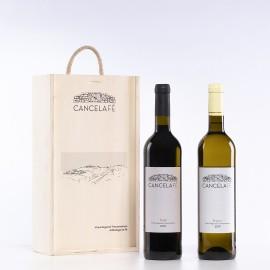 Caixa madeira c/duas Garrafas de Vinho (Tinto + Branco)